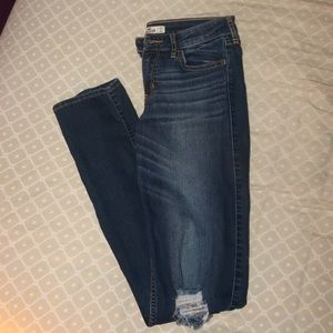 HOLLISTER Slim Jeans